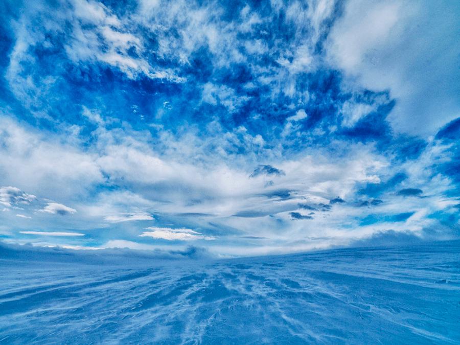 AH Iceland Glacier scape 1